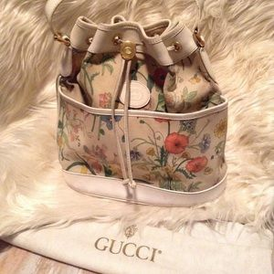GUCCI - offers!! bucket bag